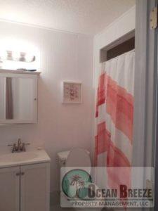 250 Tropic Way Bathroom